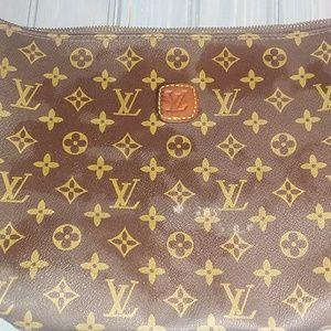 Louis Vuitton vintage makeup bag